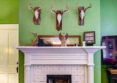 Isabella Bed & Breakfast - Gentlemen's Parlor Fireplace